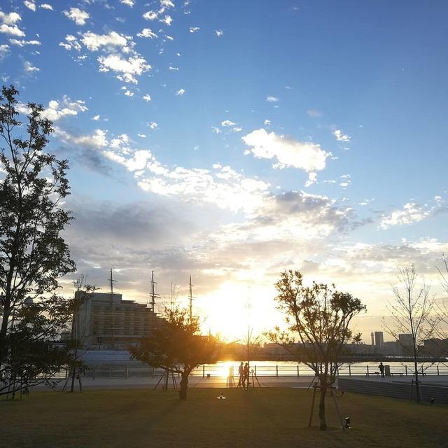 朝のメリケンパーク20181105 (1).jpg